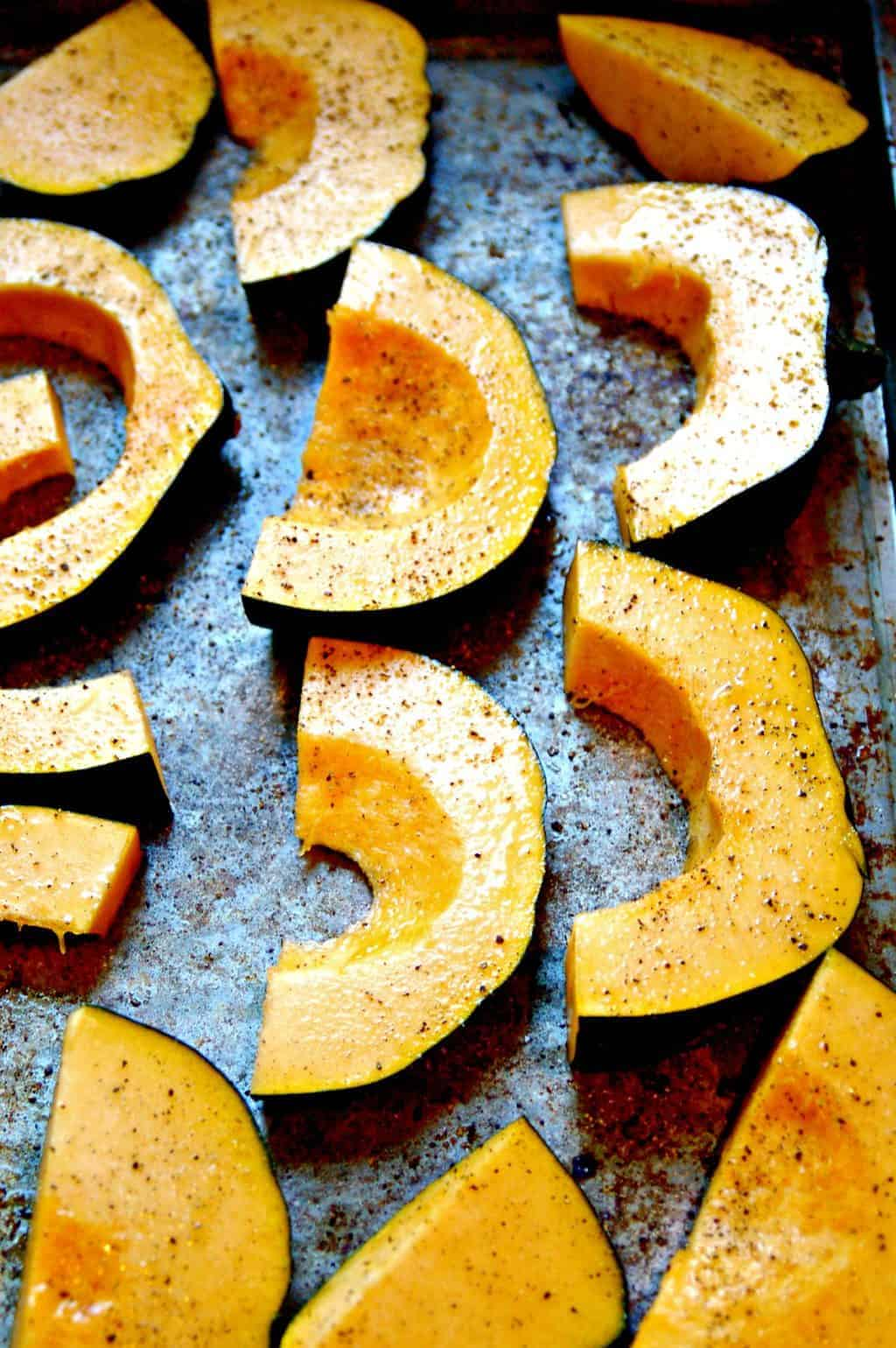 how to roast acorn squash via createkidsclub.com
