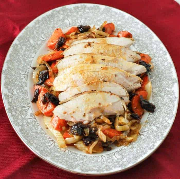 You don't have to go out for Valentines Day to have a special dinner meal. These recipes are dietitian approved, restauraunt quality meals that you can easily prepare in the comfort of you own home. Show your family how much you love them with one of these special dinner recipes.