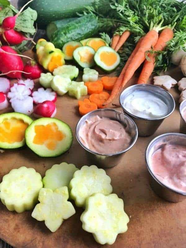Lunch box ideas that are easy to make. Here are 8 dip recipes that are all made with just 2 ingredients. These lunch box dips are simple to make in the morning while packing lunch boxes. These kid friendly recipes are a great way to get kids happily eating more fruit and vegetables at lunch.
