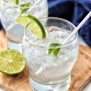 lemon-lime soda in a glass with ice