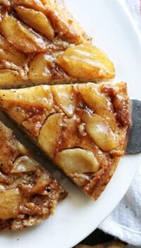 apple pancake cut into slices