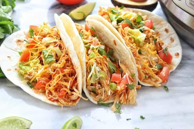 A plate of chicken tacos