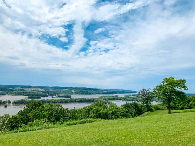 things to do in galena il showcasing a view of the Mississippi River