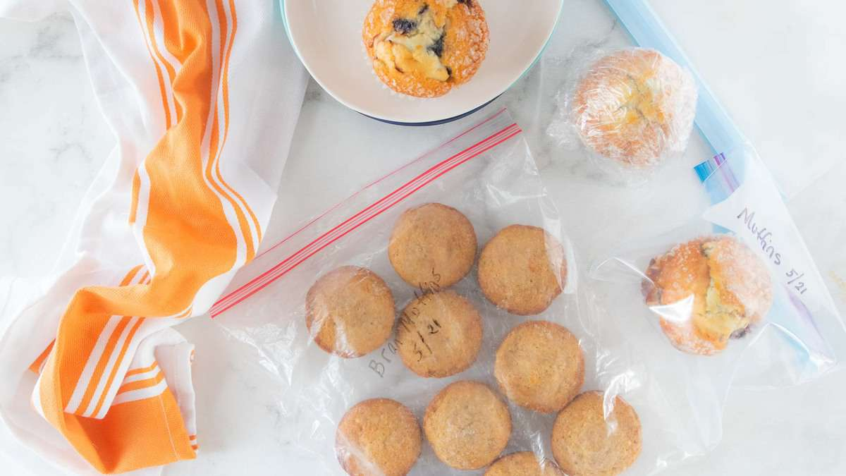 Muffins wrapped in Saran Wrap and placed in ziplock bag.