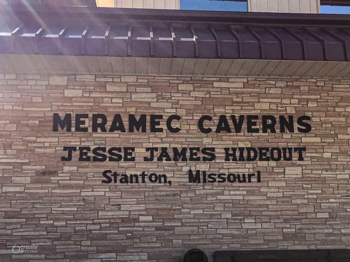 Entrance to Meramec Caverns