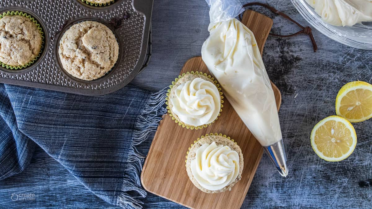 cupcakes and cream cheese frosting