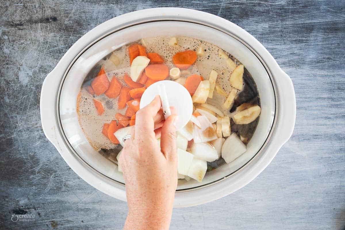 lid placed on crockpot insert