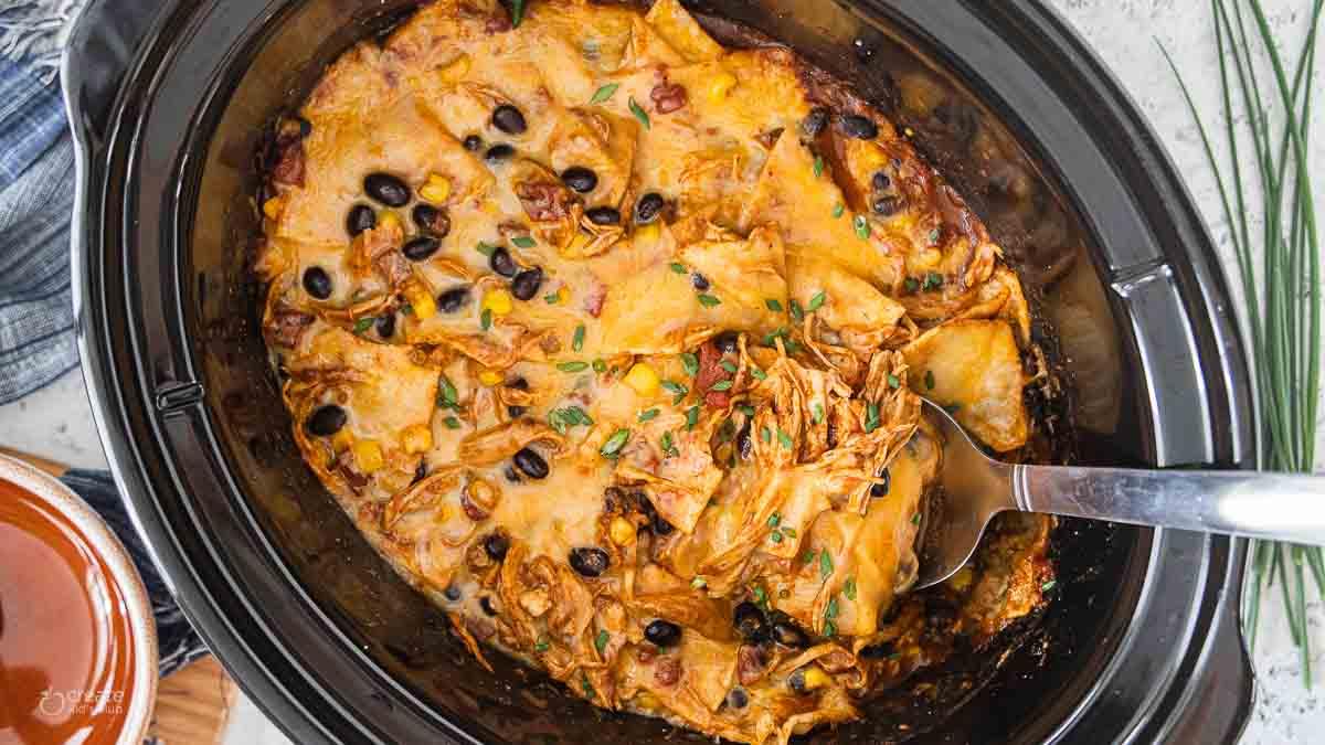 spoon in chicken enchilada crockpot meal